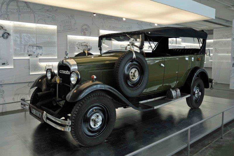 Automobilausstellung100JahreCitroen3kl.jpg